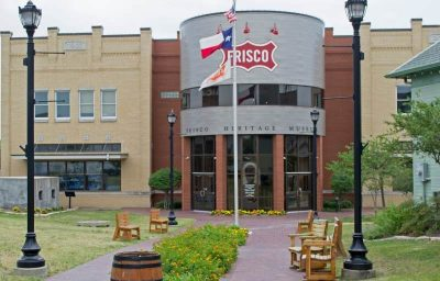 Village Lakes Frisco TX